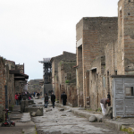 Guided excavations in Pompeii and Herculaneum